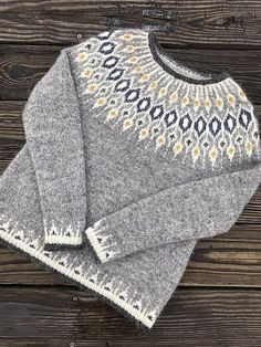 Fair Isle Knitting Patterns, Sweater Knitting Patterns, Knitting Designs, Knit Patterns, Baby Knitting, Ravelry, Norwegian Knitting, Icelandic Sweaters, How To Purl Knit