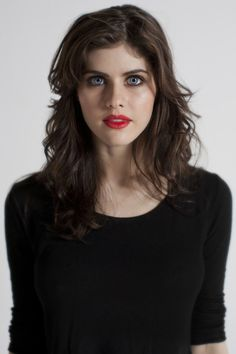 Alexandra Daddario, what a beautiful women..