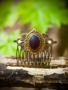 Check out this item in my Etsy shop https://www.etsy.com/listing/237542469/fantastic-royal-bohemian-brass-filigree