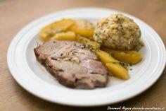 Saftiger Schweinsbraten mit Beilagen Austrian Recipes, Austrian Food, Pot Roast, Steak, Grilling, Pork, Food And Drink, Beef, Ethnic Recipes