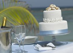 Waves of Love Package designed by renowned wedding planner Karen Bussen exclusively for WeddingsbyPalladium