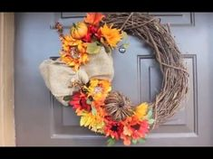 The fall or autumn is the sign of harvest season as it is also a sign of transition before the winter. Decorating the porch with a unique fall wreath will give… Diy Fall Wreath, Autumn Wreaths, Wreath Ideas, Fall Projects, Diy Projects, Porch Accessories, Diy Monogram, Autumn Decorating, Harvest Season