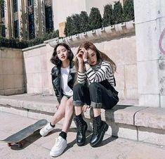Korean Fashion – How to Dress up Korean Style – Designer Fashion Tips Korea Fashion, Asian Fashion, Look Fashion, Girl Fashion, Fashion Outfits, Womens Fashion, Ulzzang Fashion, Ulzzang Girl, Korean Girl