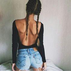 Instagram media by blackthenewb - Black & Levi's Inspo via dear @colors_fever Pic by @onemore_fashionista #black #allblack #dark #levis #prettygirl #instablack