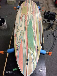 Build A Surfboard 621356079809563086 - Stick wooden surfboards … Source by Surfboard Shapes, Wooden Surfboard, Surfboard Art, Paddle Board Surfing, Paddle Boarding, Longboard Decks, Skateboard Decks, Kayaks, Best Surfboards