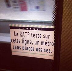 Les faux messages de la RATP par un artiste des rues. / Street art. / Paris, France. / By ardpg.