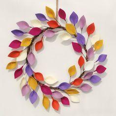 Items similar to Bright Summer Wreath with Felt Leaves - Boho Modern Wreath in Purple, Orange, Raspberry, Yellow - Unique Decor on Etsy Felt Wreath, Wreath Crafts, Felt Crafts, Wreath Ideas, Modern Wreath, Felt Leaves, Succulent Wreath, Vides, Felt Succulents