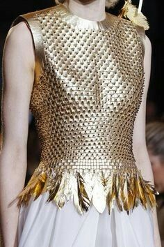Giles at London Fashion Week Fall 2013 - Details Runway Photos Ralph & Russo, Hawkgirl, Fallen London, Warrior Princess, Warrior Queen, Gold Fashion, Queen Fashion, Greek Mythology, Crochet Top