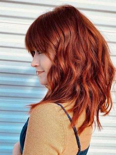 Gorgeous Medium Red Haircuts with Bangs in Year 2020 - Modern Haircuts For Medium Hair, Haircuts With Bangs, Medium Hair Cuts, Hairstyles Haircuts, Medium Hair Styles, Cool Hairstyles, Long Hair Styles, Modern Hairstyles, Straight Hairstyles