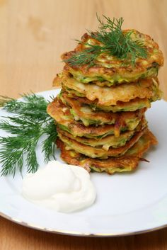 Delicious low carb Zucchini Hash Brown recipe. Good for dinner and breakfast as well.