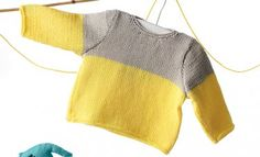 Model / Pattern of Sweater of Baby of Spring / Summer from KATIA Baby Jumper, Baby Pullover, Baby Patterns, Knitting Patterns, Pull Bebe, Summer Books, Yellow Sweater, Baby Sweaters, Pulls
