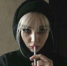 Smoking Is Bad, Women Smoking, Girl Smoking, Smoking Kills, Aesthetic Vintage, Aesthetic Girl, Cigarette Girl, Smoke Photography, Aesthetic Grunge Outfit
