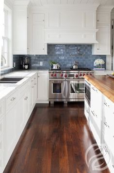12 Modern Ways To Home Interior Design Step By Step Accept the kitchen you have. A new one will not bring you health or happiness.) The Best of home design ideas in Kitchen Redo, New Kitchen, Kitchen Remodel, Kitchen Dining, Kitchen Cabinets, Kitchen Ideas, White Cabinets, Floors Kitchen, Kitchen Layout