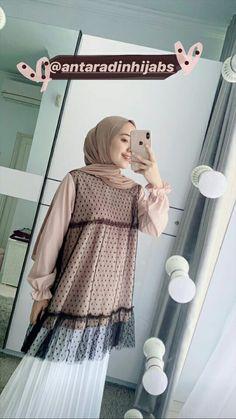 Casual Hijab Outfit, Ootd Hijab, Casual Outfits, Kebaya Hijab, Kebaya Dress, Muslim Fashion, Hijab Fashion, Fashion Outfits, Girl Fashion