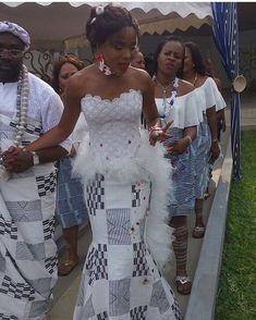 #repost from @miss.sabrina_5etoiles #gorgeous #bride #ivorian #abidjanwedding #mariageivoirien #mariage225 #mariage #team225 #yes #ankara #ankarafashion #traditionalwedding #amazing #couple #king #queen