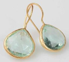 22kt yellow gold plated earring with faceted apetite stone.