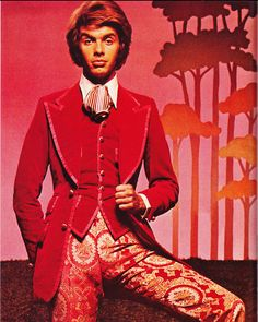 Esquire Magazine declared what they called the 'Peacock Revolution' in men's clothing towards the end of the '60s. Men began to wear incredibly bright colors and prints, a sharp turnaround from the drab blacks, grays, browns and blues of earlier times.