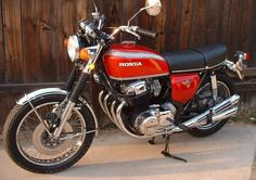 1975 honda cb750 // Jordan's, except two years earlier. I love this bike so so much.
