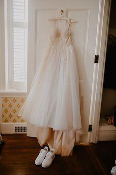 Ballgown wedding dress fit for a princess | Image by Reagan Aleea