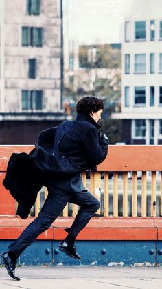 The Game Is Afoot Love Sherlock BBC? Check out our Sortable Sherlock BBC Fanfiction Rec List – fanfictionrecomme… Sherlock Holmes Series, Sherlock Holmes Bbc, Sherlock Holmes Benedict Cumberbatch, Watson Sherlock, Benedict Cumberbatch Sherlock, Sherlock John, Jim Moriarty, Martin Freeman, Gotham