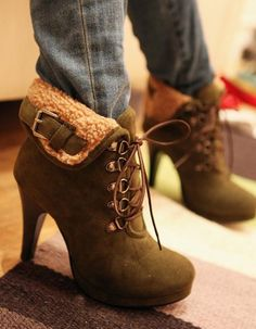 Fashion Imitation Fur and Lace-Up Design Short Boots dresslily.com