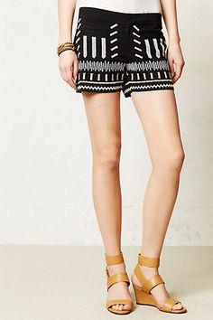 Dash-Dash Shorts #anthropologie  Most dashes are button hole stitch