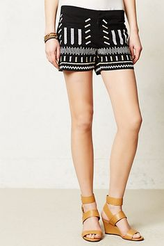 Casual Shorts And Studded Boots Kinda Day | LALA pretty #lalapretty