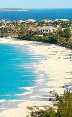 The best things to do in Nassau, from the funkiest beach restaurant to a grass-roots rum distillery in the balmy capital of the Bahamas Bahamas Honeymoon, Bahamas Beach, Bahamas Vacation, Bahamas Cruise, Nassau Bahamas, Vacation Trips, Dream Vacations, Honduras, Resorts