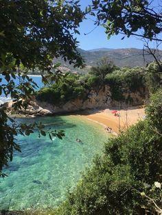 Beach Aesthetic, Summer Aesthetic, Travel Aesthetic, Flower Aesthetic, Beautiful World, Beautiful Places, Places To Travel, Places To Visit, Foto Picture