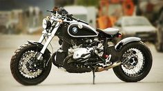 BMW cafe racer custom. WANT.