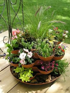 Stackable Planter....cool!