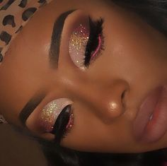 34 Ideas Cute Makeup Looks Black Women Makeup Eye Looks, Cute Makeup, Gorgeous Makeup, Pretty Makeup, Awesome Makeup, Makeup Case, Black Makeup Looks, Edgy Makeup, Eyeliner