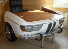 autoteile in möbel verwandeln- originelles modell vom schreibtisch