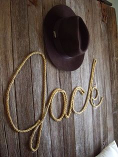 name in rope....great for a cowboy themed bedroom