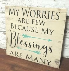 Wood Profit - Woodworking - 40 Rustic Wood Signs with Inspiring Messages of Hope - DIY Projects for Making Money - Big DIY Ideas Discover How You Can Start A Woodworking Business From Home Easily in 7 Days With NO Capital Needed! Wall Decor Design, Decoration Design, Wood Design, Rustic Wood Signs, Rustic Walls, Quotes Girlfriend, Diy Home Decor Rustic, Country Decor, Wood Signs Home Decor