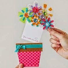 Vários modelinhos de cartões simples e com moldes para fazer e presentear a   mamãe nesta semana que antecede seu dia.               ...
