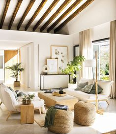 〚 Natural materials and beautiful shades of green: holiday villa in Mallorca 〛 ◾ Photos ◾ Ideas ◾ Design #livingroom #summer #warm #Homedecor #interiordesign #Ideas #inspiration #tips #cozy #Living #style #space #home #decor #interior Condo Living, Living Spaces, Living Room, Rustic Chic, Modern Rustic, Casa Feng Shui, Villa, Decoration, Family Room
