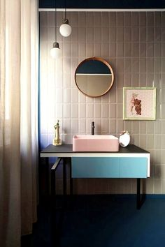 Great bathroom decor tips: All set to get started making your very own bathroom design and style? Work on making the bathroom in your house beautiful with our bathroom design ideas. Click the link for more information Bad Inspiration, Bathroom Inspiration, Interior Inspiration, Bathroom Ideas, Bathroom Trends, Bathroom Designs, Morning Inspiration, Bathroom Vanities, Bathroom Closet