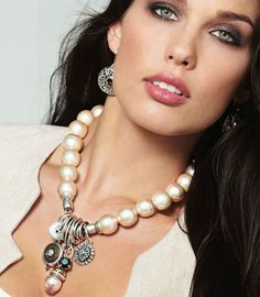 Bling Jewelry, Statement Jewelry, Pearl Jewelry, Wire Jewelry, Jewelry Crafts, Jewelry Art, Beaded Jewelry, Jewelery, Jewelry Accessories