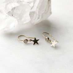 Fly-Town Delicate Cubic Zirconia Star Earrings Fashion Women Jewelry White Gold Color Crystal Stud Earrings