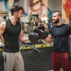 We tapped relationship experts and fitness instructors for their secrets to meeting someone at the gym. Strength And Conditioning Coach, Conditioning Workouts, Youtube Video Creator, What Is Strength, Exercise Physiology, Skeletal Muscle, Dave Matthews Band, Dating Coach, Post Workout