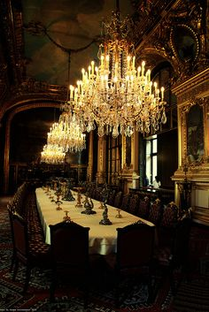Napoleon apartment dining room at the Louvre in Paris My Dream Home, Interior And Exterior, Interior Design, Gothic Interior, Beautiful Places, Simply Beautiful, Chandeliers, St Claire, Black Furniture