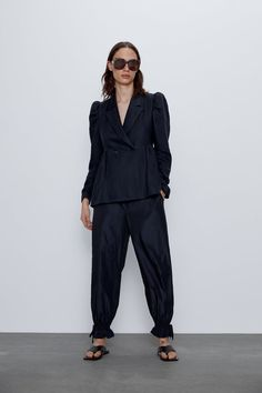 Blazer with lapel collar and long sleeves with puff shoulders. HEIGHT OF MODEL: 177 cm. Double Blazer, Next Store, Blazers, Zara Home Stores, Double Breasted Jacket, Blazer Outfits, Zara United States, Mannequin, Suits For Women