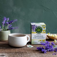 Send a stressful day on its way. The power of Chamomile and Lavender come together to calm frazzled nerves and ease tension.*