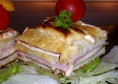 Zapečené sýrové toasty – receptjidlo Cheese Toast, Baked Cheese, Sandwiches, Tasty, Baking, Recipes, Food, Fitness, Cooking