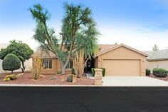 24105 Starcrest in Sun Lakes AZ - gated Oakwood Country Club. 2,022 sq ft - 2 bedroom, 2 bath plus den on walking path. #24105starcrest #sunlakesoakwood