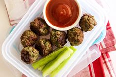 skinnymixer's Lunchbox Meatballs - Delicious Thermomix Meatballs made with the secret hidden vegetable ingredient of Kale.