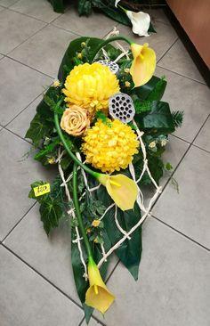 Grave Flowers, Funeral Flowers, Funeral Arrangements, Flower Arrangements, Funeral Sprays, Vence, Memorial Flowers, Deco Floral, Paper Flowers Diy
