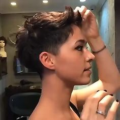 Today we have the most stylish 86 Cute Short Pixie Haircuts. We claim that you have never seen such elegant and eye-catching short hairstyles before. Pixie haircut, of course, offers a lot of options for the hair of the ladies'… Continue Reading → Short Curly Hair, Short Hair Cuts, Curly Hair Styles, Edgy Pixie Cuts, Pixie Cut Styles, Short Pixie Haircuts, Pixie Hairstyles, Haircut Short, Pixie Bob