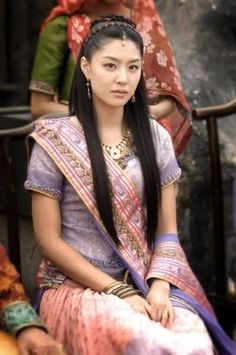 How many of you know of the legend of the Indian Princess from Ayodhya marrying one of the kings in Korea in the first century? Heo Hwang-ok was a princess who travelled from the ancient kingdom of Ayodhya (in modern day India) to Korea. According to that chronicle, she married King Suro of Gaya in the year 48 CE. She was first queen of Geumgwan Gaya, and is considered an ancestor by several Korean lineages.